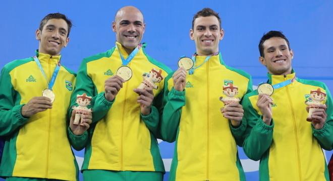 Equipe brasileira ganhou ouro e bateu recorde Pan-Americano