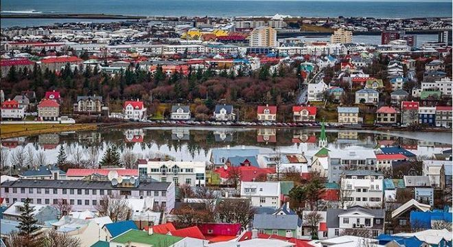 Capital e maior cidade da Islândia, Reyjavik tem apenas 130 mil habitantes