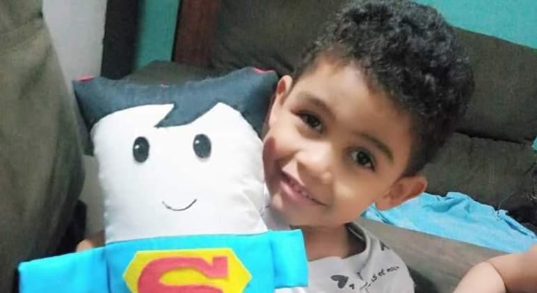 Rhyan Lucas está internado no Hospital da Criança, no Distrito Federal