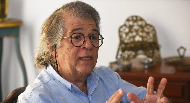 Tolerância dos motoristas e entregadores de app têm um limite, diz o professor Ricardo Antunes