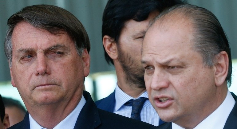 Quem é Ricardo Barros, líder do governo citado em 'rolo' da Covaxin -  Notícias - R7 Brasil