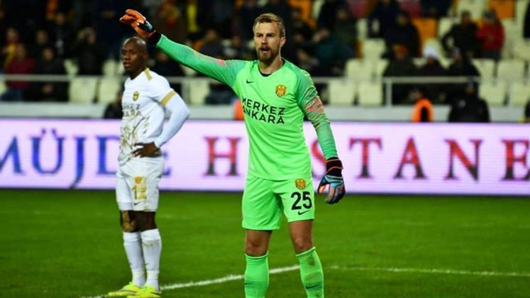 Ricardo Friedrich - 28 anos - Goleiro - Último clube: Ankaragücü - Sem clube desde: 01/07/2021