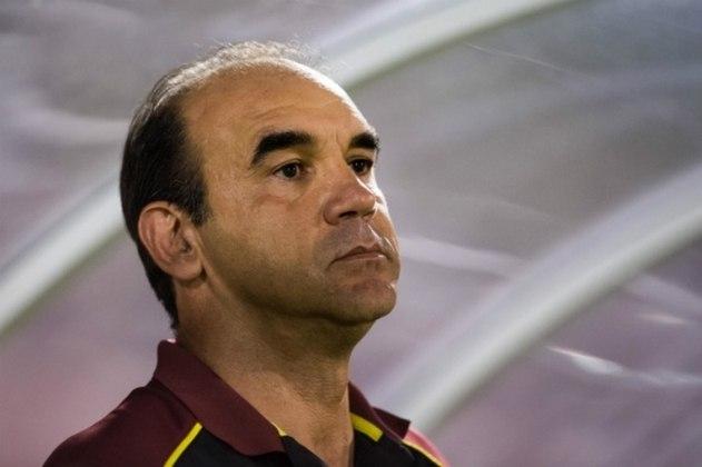 Ricardo Gomes (2016) - Chegou ao São paulo em agosto, mas já foi demitido em dezembro. Juntando suas passagens, fez 91 jogos, com 44 vitórias, 20 empates e 27 derrotas.