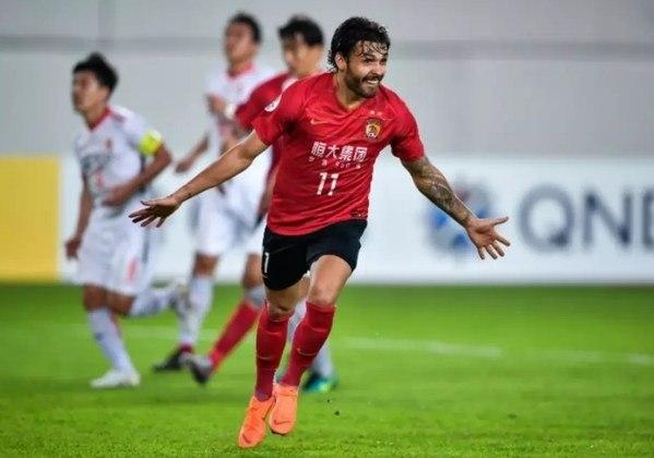 Ricardo Goulart, do Guangzhou Evergrande, está na China. (Atacante, 29 anos - Contrato com o clube atual válido até dezembro de 2023.)