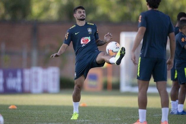 Ricardo Graça - O zagueiro tem contrato até o início do ano que vem e já falou que a renovação deverá ser concretizada em breve.