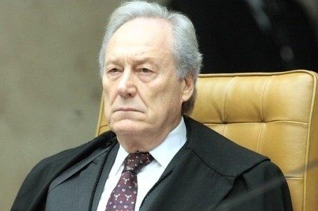 Lewandowski foi o 4º a votar contra pedido de Lula