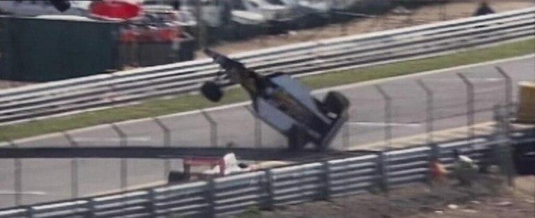 Ricardo Patrese decolou após tocar em Gerhard Berger no GP de Portugal de 1992. O italiano não teve lesões apesar do susto.