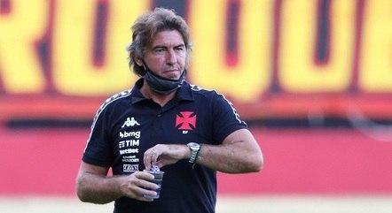 Sá Pinto chegou ao Vasco em outubro