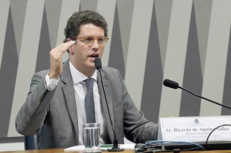 Ministro Ricardo Salles diz ter sido expulso do Novo