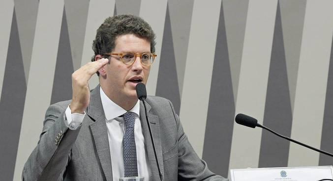 Ministro do Meio Ambiente, Ricardo Salles,  foi absolvido por 4 votos contra 1