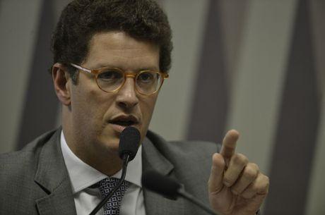 Ricardo Salles anuncia fragilidades no Fundo Amazônia
