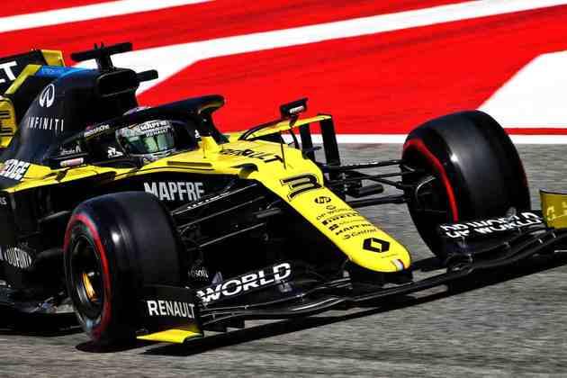 Ricciardo espera pontuar após rodar em Silverstone