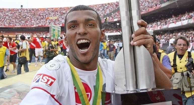 Richarlyson foi tricampeão brasileiro com a camisa do São Paulo