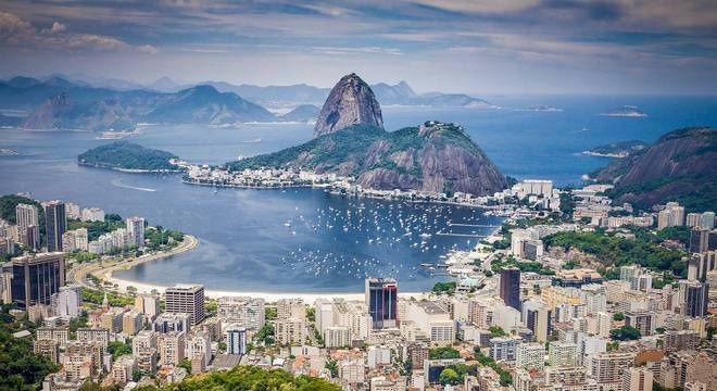 Rio foi a cidade que mais demitiu profissionais com carteira assinada em 2019