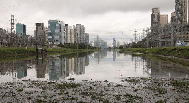 Em 2019, a Emae registrou recorde de retirada de sedimentos do Rio Pinheiros
