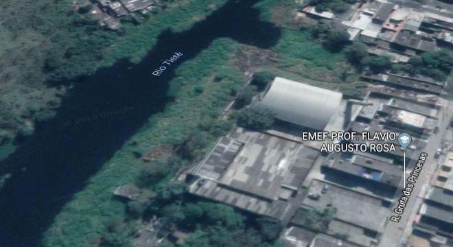 Região onde bombeiros realizam buscas por jovem sequestrado