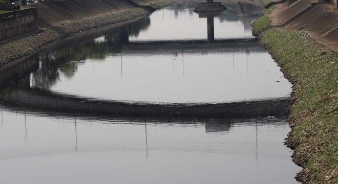 Trecho de 163 km do rio está poluído, mantendo oxigenação em praticamente 0%