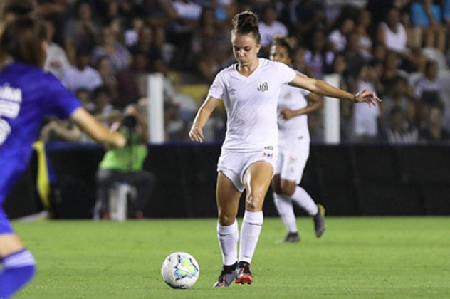 Rita Bove fez bons jogos em 2020 e segue no elenco