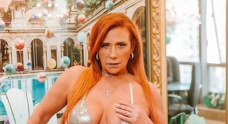 Rita Cadillac mostrou corpão em foto de biquíni