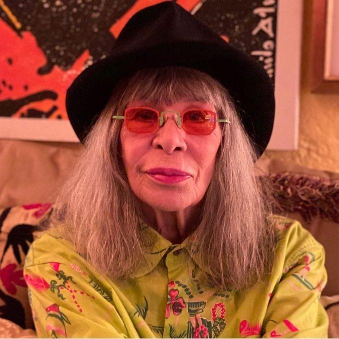 Famosos e anônimos desejaram boa recuperação à rainha do rock
