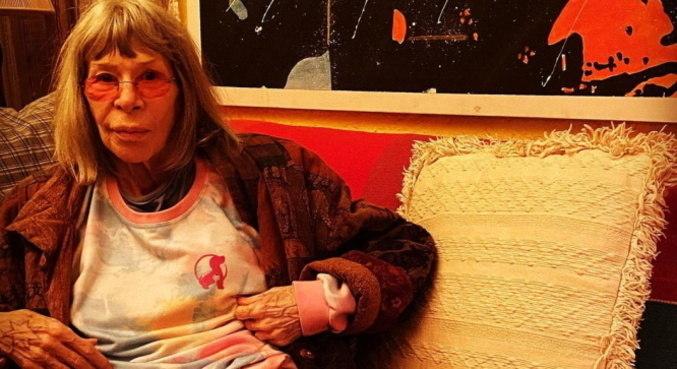 Rita Lee já começou o tratamento para curar o câncer no pulmão