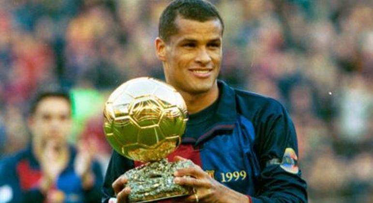 Rivaldo foi o melhor do mundo em 1999. E analisa o time de Abel Ferreira como previsível
