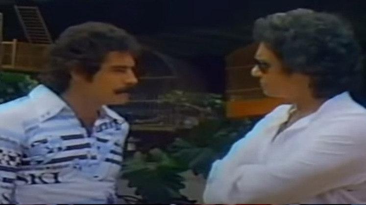 RIVELLINO foi outro jogador que bateu um papo com RC. O meia detalhou sua paixão por pássaros e falou sobre a perspectiva de estar na Copa do Mundo de 1978. As imagens de Rivellino no tricampeonato mundial também foram divulgadas.