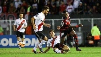 __Flamengo só empata com River e fica com segundo lugar no Grupo 4__ (Reprodução)