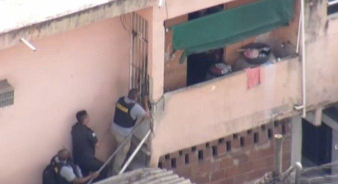 Agentes do Bope tentam negociar com sequestrador na Baixada Fluminense
