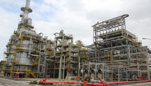 Petroleiros protestam contra venda de refinaria na Bahia
