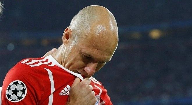Robben não estará em campo para encarar o Real Madrid, no Santiago Bernabéu