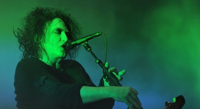 Robert Smith, do The Cure, em 2012