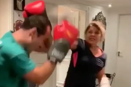 Roberta MIranda é adepta do muay thai