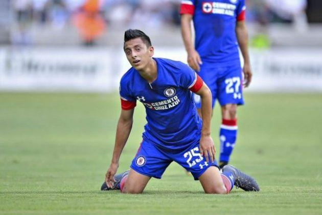 Roberto Alvarado: 22 anos – meio-campista– Cruz Azul (MEX) – Valor de mercado: 7 milhões de euros.