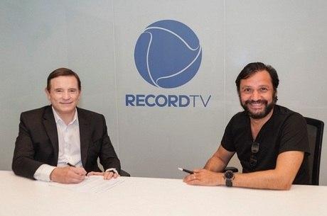 Roberto Cabrini e o vice de Jornalismo da Record, Antonio Guerreiro