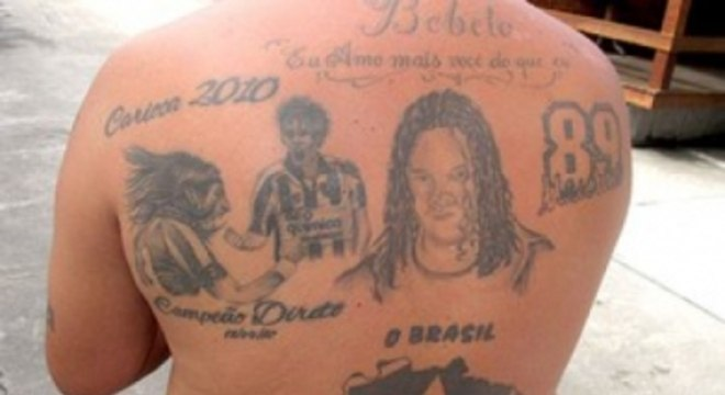 Roberto tatuou Loco Abreu e Herrera