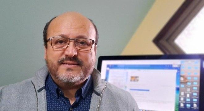 Roberto Vidal, diretor do programa de microbiologia da Faculdade de Medicina da Universidade do Chile, estudou a eficácia do novo material de cobre em hospitais