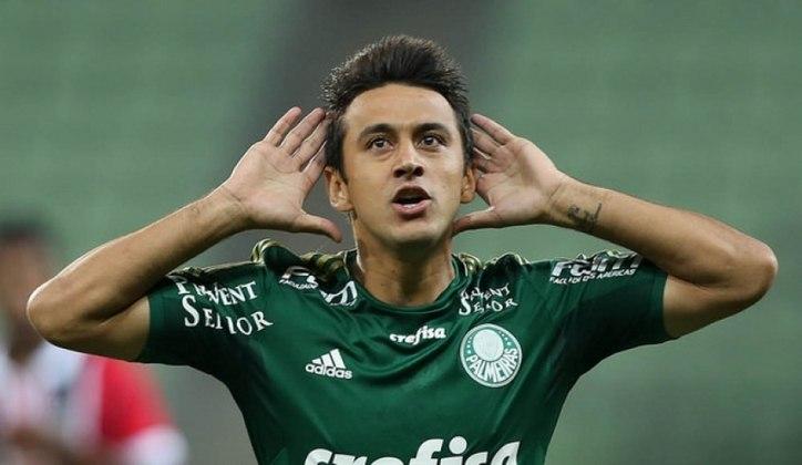 Robinho é o 11º, com 20 passes para gol. O meia defendeu o Palmeiras entre 2015 e 2016.