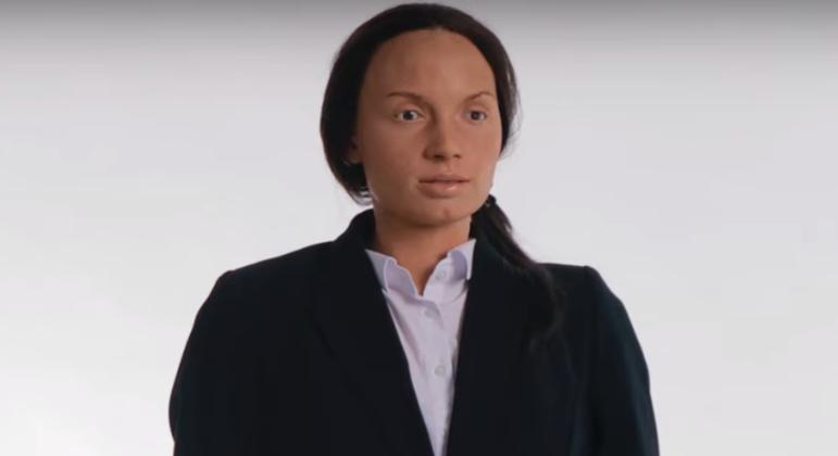 A autômata Cléo, da plataforma Mesmer, hoje a robô mais próxima de um ser humano, que pensa, canta e tem gestuais humanos.