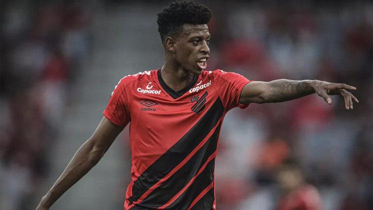 Robson Bambu - O zagueiro que agora pertence ao Nice, da França, foi pouco aproveitado pelo Santos e assinou um pré-contrato com o Athletico-PR.