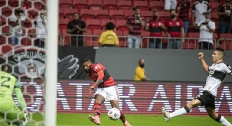 Rodinei - Flamengo x Olímpia