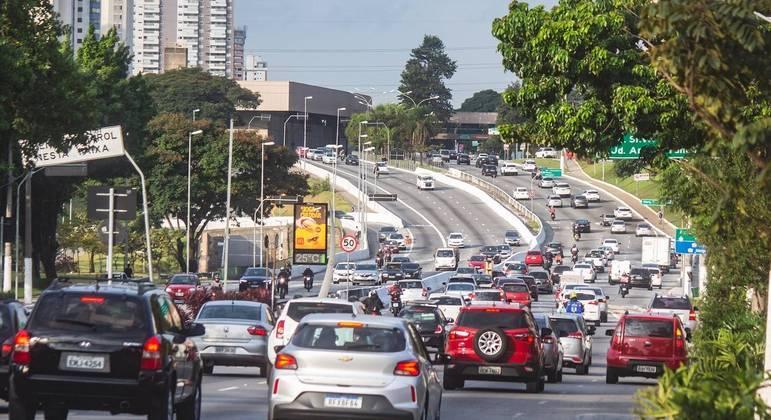 Rodízio noturno é prorrogado até 9 de maio na capital paulista