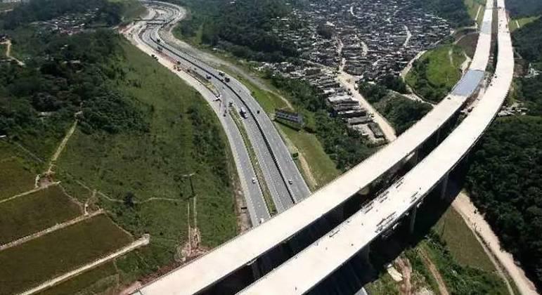 Dois corpos são encontrados no km 48 do Rodoanel Mário Covas