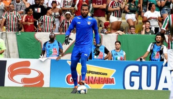 Rodolfo - 29 anos - Fluminense - Goleiro - O Fluminense acertou o empréstimo do goleiro Rodolfo ao Oeste, de São Paulo, até o fim do Campeonato Paulista, previsto para 23 de maio. O arqueiro tem contrato com o Tricolor até o fim de 2021.