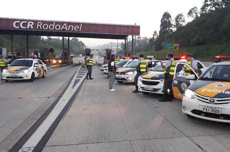 Policiais realizam operação nas rodovias de SP
