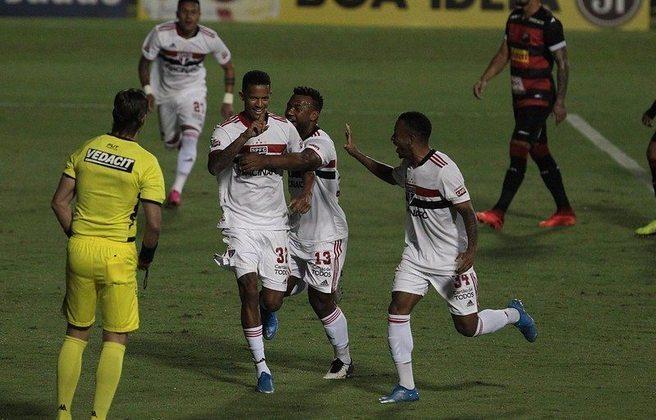 Rodrigo - 1 gol: o zagueiro marcou de pênalti na vitória sobre o Ituano por 3 a 0, em Itu.