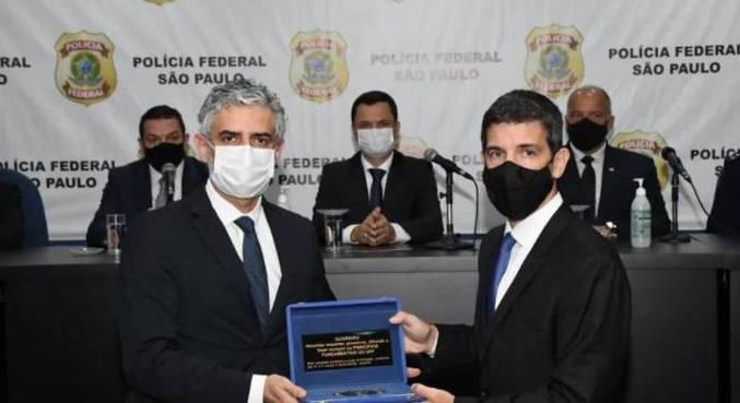Rodrigo Bartolamei recebe cargo em cerimônia na Polícia Federal de São Paulo