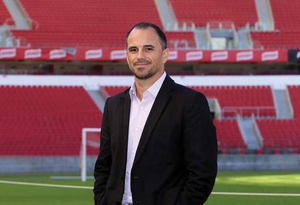 Rodrigo Caetano deixou o posto de diretor executivo do Internacional. Agora, ele negocia com o Atlético-MG, para substituir Alexandre Mattos.