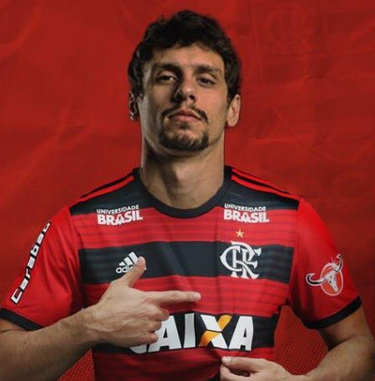 Rodrigo Caio mostra, com orgulho, o clube que o respeita. E quer o troco no Morumbi