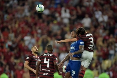 Rodrigo Caio disse que se lembrou de toda a jogada